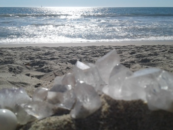 beach oct 18 crystals